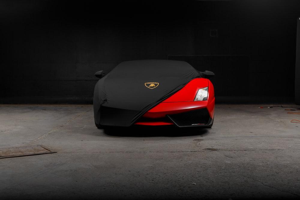 red Lamborghini Gallardo